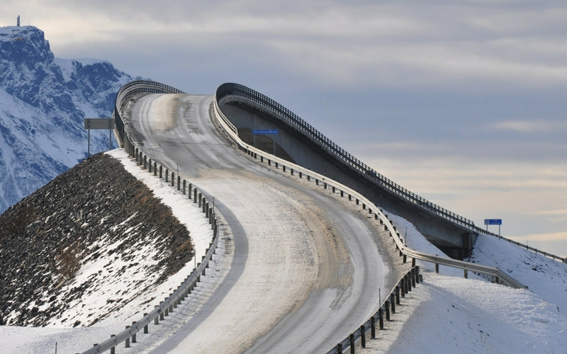 mountains-snow-bridges-norway-roads-the-atlantic-road-atlanterhavsveien-1920x1200-wallpaper_www_wall321_com_41